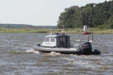 63-letni mężczyzna utopił się w jeziorze Rajgrodzkim. Próbował ratować żonę, która wypadła z łódki.