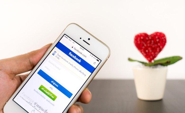 Facebook przygotował dla użytkowników niespodziankę z okazji walentynek