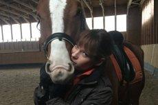 Pasja do koni spowodowała, że warszawianka, Honorata Frukacz została właścicielką stajni. Większość osób, które odwiedzają jej ośrodek to kobiety.