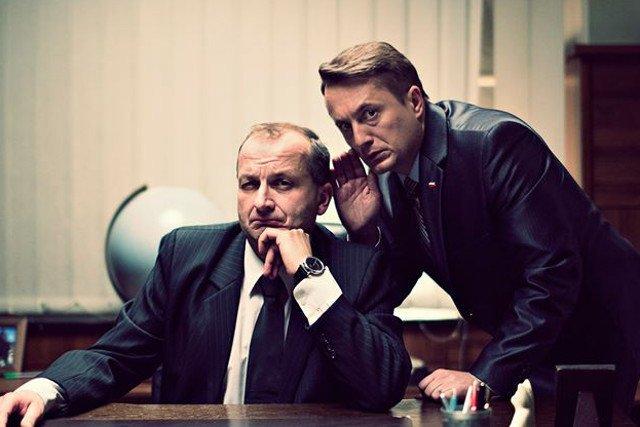 Prezes Jarosław (Robert Górski) i pan Mariusz (Mikołaj Cieślak).