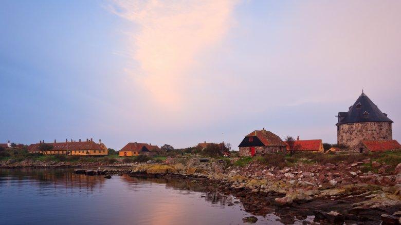 Wschód słońca na wyspie Christianso.