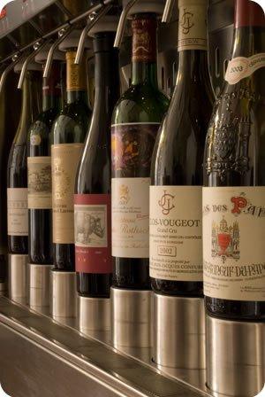 Maszyna Enomatic pozwala pić wino z butelki otwartej nawet miesiąc.