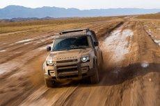 Nowy Land Rover Defender ma być w terenie nawet lepszy niż poprzednik.