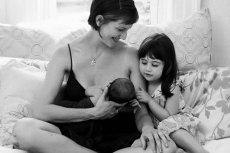"""""""Breastfeeding in real life"""". Karmienie to przede wszystkim bliskość i przytulenie"""