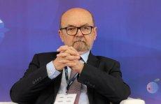 Profesor Ryszard Legutko podczas XXVII Forum Ekonomicznego w Krynicy Zdrój.