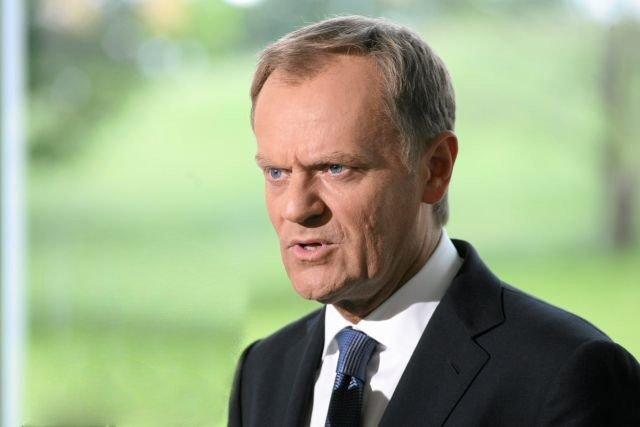 Donald Tusk wyraził dziś na Twitterze poparcie dla generała Piotra Pytla, zatrzymanego rano przez Żandarmerię Wojskową.