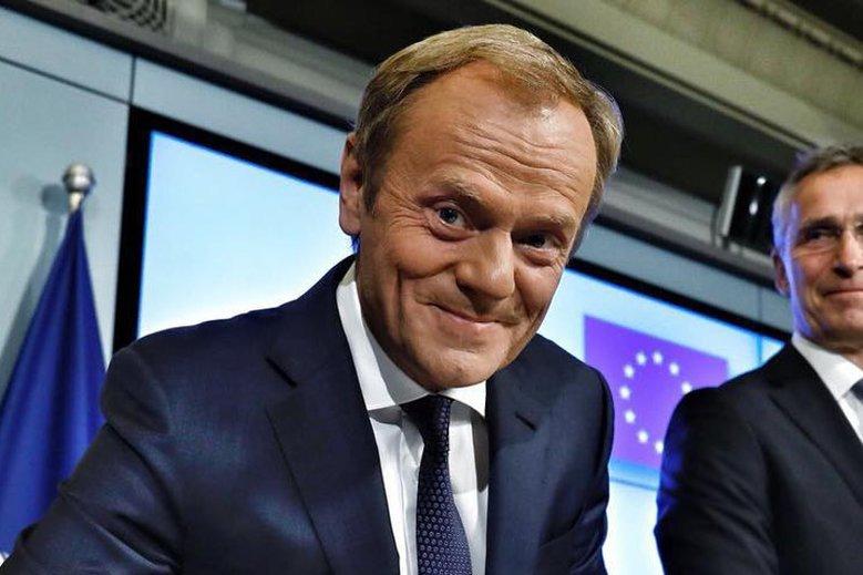 Licytacja WOŚP pokazuje, że wielu dałoby sporo, żeby spotkać się z Donaldem Tuskiem.
