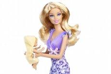 Barbie opiekunka do dzieci kosztuje średnio 18 dolarów, znacznie mniej niż Barbie lekarka