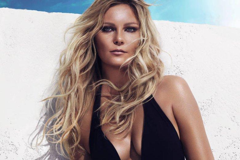 Kirsten Dunst reklamuje usługę fryzjerską Beach Waves L'Oreal Professionnel
