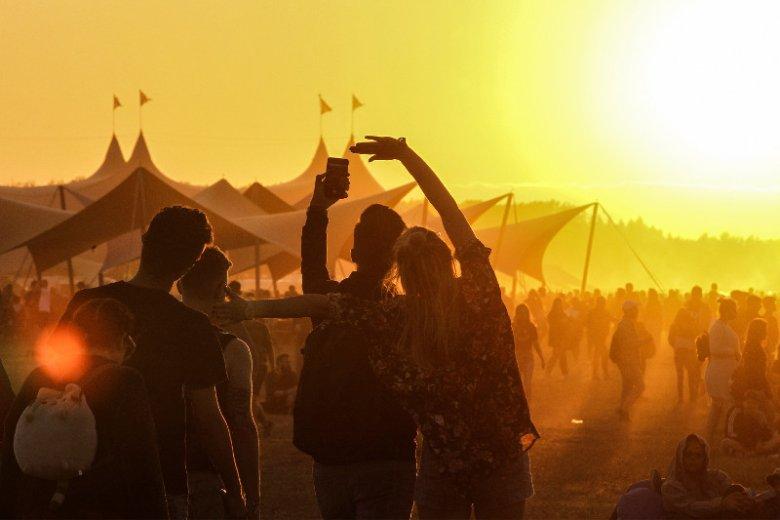 Tegoroczne lato jak co roku upływa pod znakiem największych muzycznych festiwali. Za nami Orange Warsaw Festival, a przed nami Open'er Festival Powered by Orange i Kraków Live Festival. Wśród gwiazd m.in. Miley Cyrus, Kylie Minogue i Post Malone