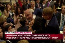 Dziennikarz The Nation został wyprowadzony siłą z miejsca konferencji Donalda Trumpa i Władimira Putina.
