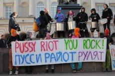 Warszawski protest przeciwko uwięzieniu Pussy Riot