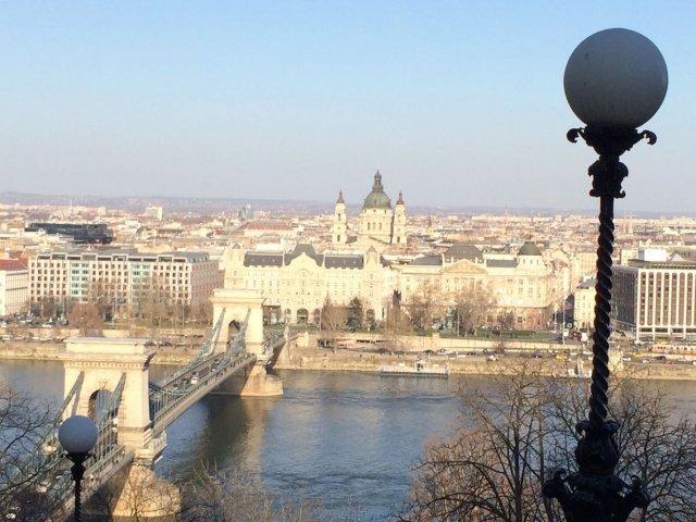 Panorama Budapesztu ze Wzgórza Zamkowego