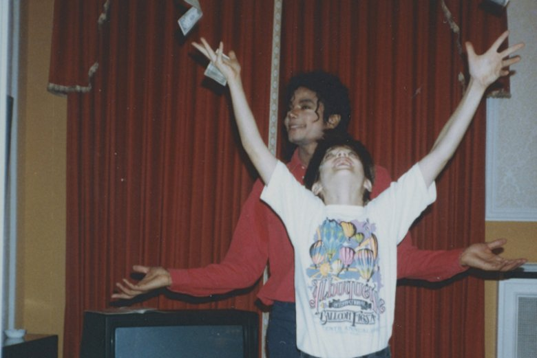 "Dokument ""Leaving Neverland"" burzy legendę Króla popu."