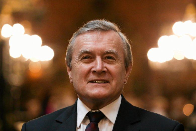Wicepremier wykluczył możliwośćzwolnienia z opłat 70-latków.