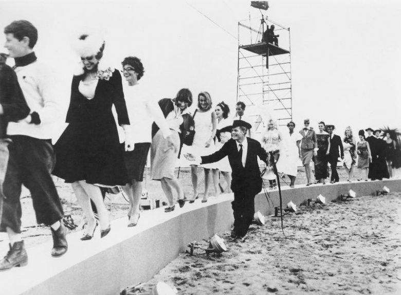 """Kadr z filmu """"Osiem i pół"""" Federico Felliniego"""