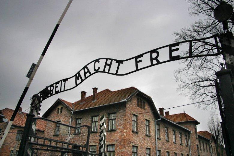 Międzynarodowa Rada Oświęcimska pisze o odradzaniu się rasizmu i apeluje do rządów europejskich o zdecydowaną reakcję.