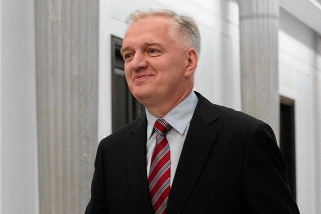 Jarosław Gowin dość bezpruderyjnie tłumaczy swoje wielotygodniowe milczenia w sprawie gorących wydarzeń w polityce...