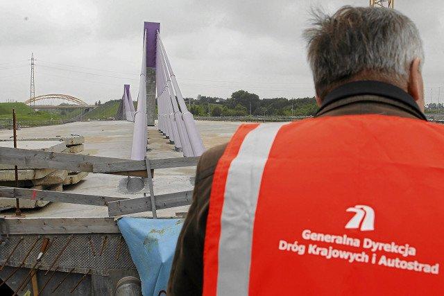 Most w Mszanie miał być powodem do dumy. Nieukończony do dziś wzbudza jedynie żal i drwiny