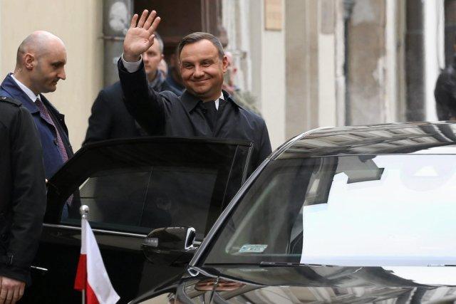 Andrzej Duda traci zaufanie Polaków