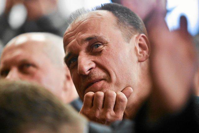 Paweł Kukiz i jego ruch to hipokryci – rozlega się w sieci po wecie prezydenta Andrzeja Dudy.