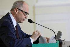 Andrzej Jakubiak, były szef KNF oraz pozostałych sześciu urzędników zostało zwolnionych z aresztu.