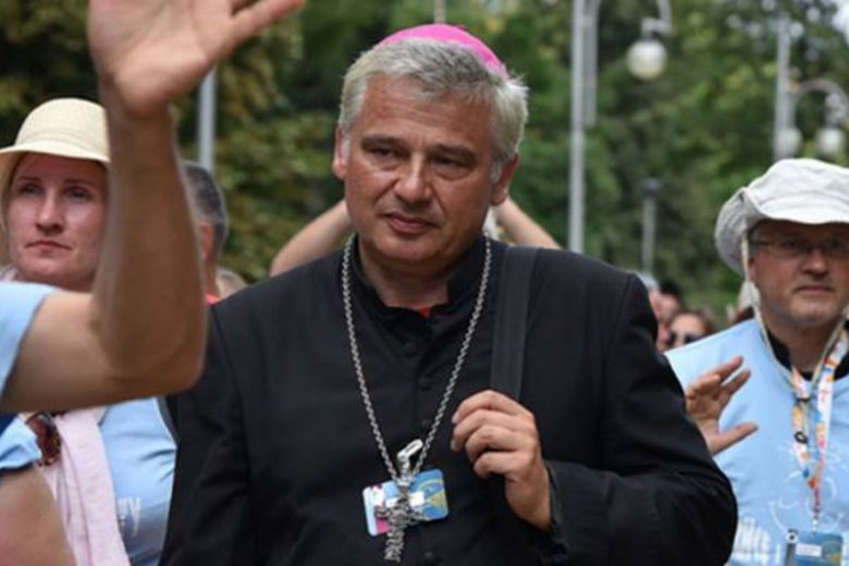 Papież Franciszek nominował nowego kardynała. Został nim papieski jałmużnik Konrad Krajewski.