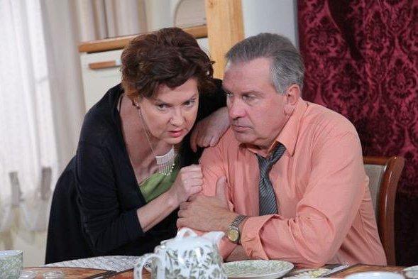 """20 lutego w wieku 61 lat zmarła aktorka Agnieszka Kotulanka, w latach 1997-2013 odtwórczyni roli Krystyny Lubicz w telenoweli """"Klan""""."""
