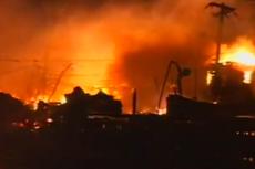 Pożar, który wybuchł na Queens'ie.