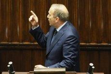 Przewodniczący PO Grzegorz Schetyna ostro starł się w Sejmie z prezesem PiS Jarosławem Kaczyńskim podczas debaty nad wotum nieufności wobec szefa MSWiA Mariusza Błaszczaka.