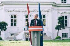 Alexander Van Der Bellen nie może cieszyćsięwygraną w wyborach prezydenckich. Austriacki TK uznał wynik za nieważny.