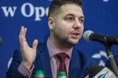 Patryk Jaki robi doktorat i wykłada na Uniwersytecie Opolskim. UO przed rozpoczęciem roku akademickiego dostała 1 mln z ministerstwa sprawiedliwości.