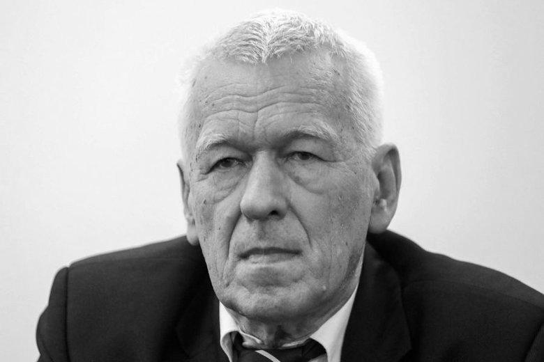 Kornel Morawiecki zmarł 30 września. Chorował na raka trzustki.