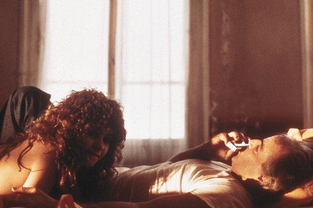 Marlon Brando krytykowany za przemoc wobec Marii Schneider.