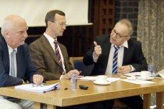Prof. Lech Morawski tłumaczy się ze słów wygłoszonych podczas słynnej debaty na Oksfordzie.