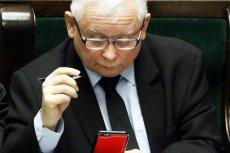 Posłowie PO zwracają uwagę na niebezpieczeństwa, jakie płyną w związku z korzystaniem polityków z darmowych komunikatorów.