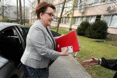 Minister edukacji Anna Zalewska w drodze na rozmowy przedstawicieli ZNP i rządu.