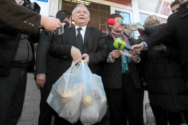 """Dla Polaków 500+ jest coraz mniej odczuwalne ze względu na rosnące ceny w sklepach. Drożyzna to problem już dla ponad 80 proc. z nas - wynika z sondażu Pollstera dla """"Super Expressu""""."""