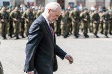 Szef MON Antoni Macierewicz wziął udział w uroczystości zaprzysiężenia na rzeszowskim rynku 500 żołnierzy WOT
