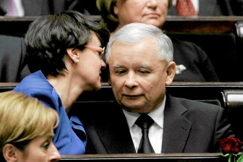Joanna Kluzik-Rostkowska włożyła kij w mrowisko ws. powodów nagłych przemian Jarosława Kaczyńskiego.