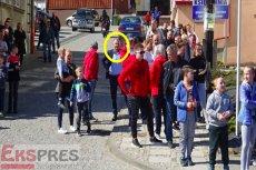 W pobiciu i spaleniu kukły Judasza wzięło udział wielu mieszkańców Pruchnika. Wśród nich polityk Solidarnej Polski, wicestarosta jarosławski Mariusz Trojak.