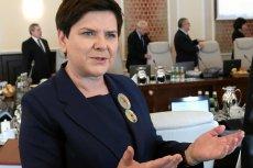 Beata Szydło powiadomiła, że rząd przyjął projekt ustawy o podwyższeniu renty socjalnej dla niepełnosprawnych.