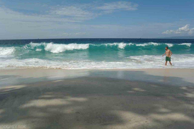 Zachodnia plaża w Padang Bai, Bali