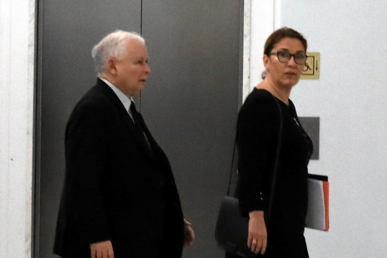 Beata Mazurek zapowiada, że w poniedziałek prezes Jarosław Kaczyński skomentuje doniesienia ws. Srebrnej.