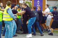 Zdecydowano o odwołaniu komendanta miejskiego policji w Radomiu. Ma to związek z ostatnim atakiem prawicowej bojówki na demonstrację przeciwko PiS.