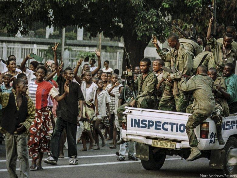 Żołnierze Kabili na ulicach Kinszasy