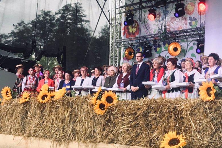 Premier Mateusz Morawiecki zapowiedział program wsparcia dla Kół Gospodyń Wiejskich.