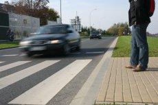 Brutalna prawda o Polakach. Badanie wykazało, jak niechętnie ratujemy pieszych na drodze.