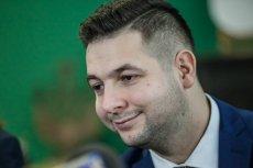 Prowadzący profil Polska Suwerenna na Twitterze przyznał, że to on jest autorem mema, który opublikował Patryk Jaki.