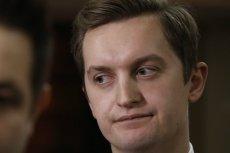 Do wymiany zdań doszło na senackiej komisji pomiędzy przewodniczącym Bogdanem Klichem a wiceministrem sprawiedliwość Sebastianem Kaletą.